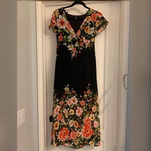 Forever 21 Floral Maxi Dress Size Small